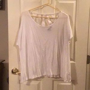 Crop white tee with lace back